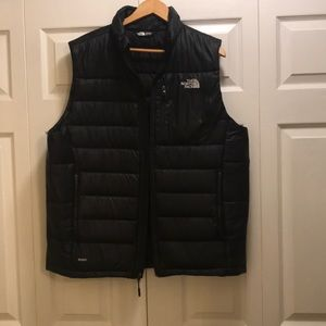 North face vest jacket across is24 length 27